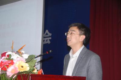 中国科学院南京土壤研究所博士赵旭作主题报告